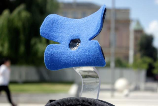 Ergonomic shape of new comfortable hedrest, neckrest for recumbent bike.